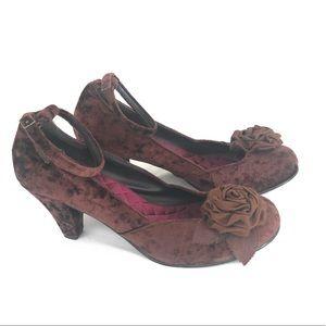 Rocket Dog heels pumps Velvet Flower Detail Sz 8